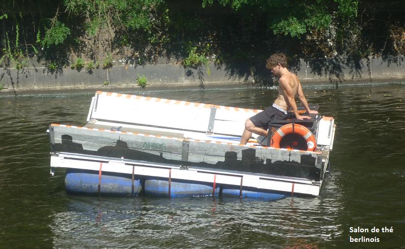 Construire un radeau pour voguer sur la Spree