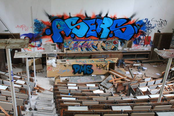 L'amphitéatre abandonné