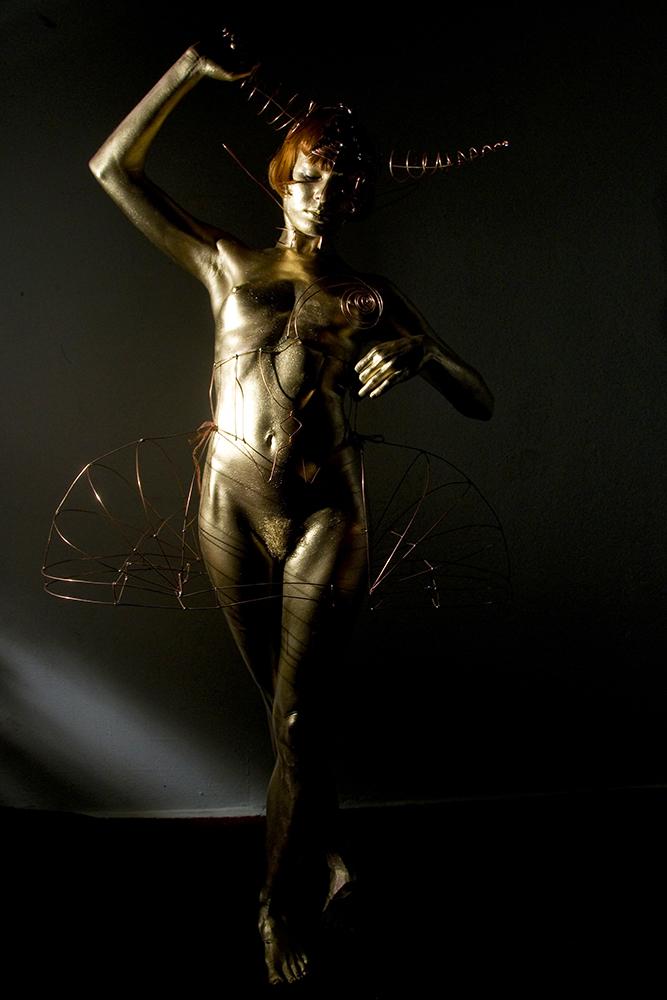 femmes en or pierre joel photographe berlin